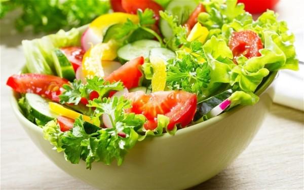 Ăn-nhiều-rau-có-tốt-không-ăn-quá-nhiều-có-thể-gây-tác-hại-không-ngờ