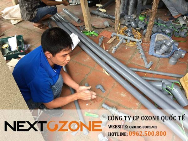 may ozone cong nghiep xu ly nuoc be boi 3-min
